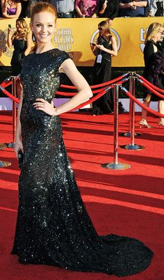 Jayma Mays  The 'Glee' actor wore a stunning sequined gown by Reem Acra. The gown also featured a daring lace inset at the back.
