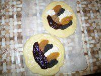 Kynuté koláče které se vždy zaručeně povedou..:-) 20 Min, Doughnut, Sushi, Ethnic Recipes, Food, Basket, Hoods, Meals, Sushi Rolls