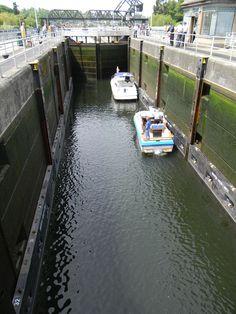 Ballard Boat Locks - Seattle, Wash.                Been there, done that!