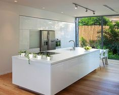 Modern Kitchen Interior Remodeling 15 White Kitchen Decoration Inspirations - – – Read also: stuffed pork tenderloin House Design, Home, Kitchen Remodel, Contemporary Kitchen, New Kitchen, White Modern Kitchen, Home Kitchens, Kitchen Design, Kitchen Cabinets Pictures