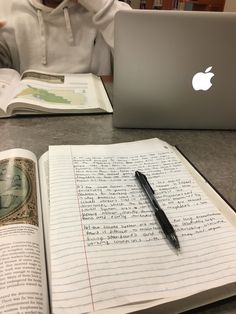 12 Study Habits That Will Boost Your Grades - Study tips - Good Study Habits, Study Tips, Student Studying, Student Life, Study Organization, Student Motivation, Motivation To Study, College Motivation, Study Space