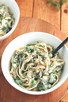 Vegan Garlic Alfredo with Peas & Asparagus - ilovevegan.com