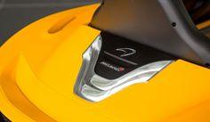 マクラーレンP1ベースのEVを発表McLaren