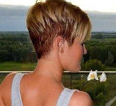 Short Pixie Hairstyles 2014 – 2015 | http://www.short-haircut.com/short-pixie-hairstyles-2014-2015.html