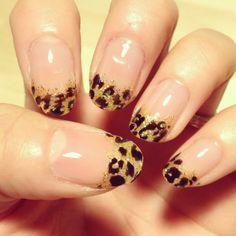 Super fun Nail design: Leopard Tips