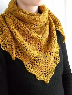 This is a quick and easy little scarflet, or triangular neck scarf, worked in fingering weight yarn. Gauge really does not matter. I promise. Just pick a yarn you like and choose a needle size that produces a drape that suits you and enjoy.