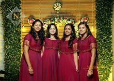 brides maid dresses indian Ideas Dress Bridesmaid Brides Made Spring Dresses Casual, Summer Dress Outfits, Casual Dress Outfits, Trendy Dresses, Nice Dresses, Indian Bridesmaid Dresses, Bridesmaid Saree, Bridesmaid Outfit, Wedding Bridesmaids