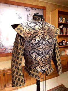 Men's Cavalier Renaissance Elizabethan Doublet available in chest sizes 30-52. $240.00, via Etsy.