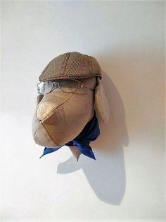 Setter hecho a mano con telas recicladas, pañuelo, gafas y boina son de aire #vintage.