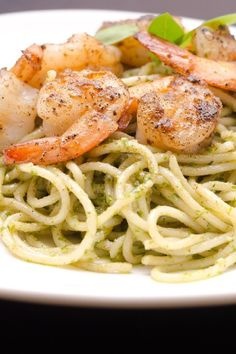 Creamy Pesto #Shrimp Linguine #Recipe
