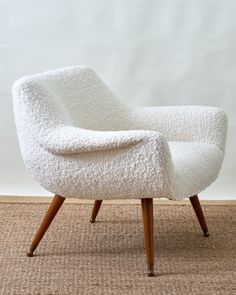 leren banking Mid-Century modern White Boucle Chair ca. upholstered chairs, occasional chairs available at George Home. Upholstered Chairs, Chair Cushions, Leather Recliner Chair, Swivel Chair, Round Chair, Bedroom Chair, Vintage Chairs, Retro Chairs, Cool Chairs