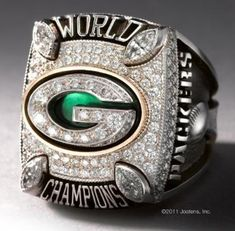 Super Bowl championship rings for Packers unveiled
