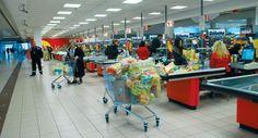 Купци у Србији живе на трговачким маркама - http://www.vaseljenska.com/ekonomija/kupci-u-srbiji-zive-na-trgovackim-markama/