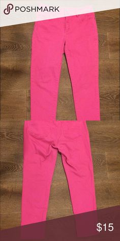 "❤️ NYDJ Cropped Pink Jeans Adorable. Great used condition, inseam is 24.5"". NYDJ Jeans Straight Leg"