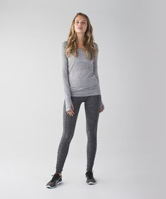 We designed these high-rise run tights to be our ultimate winter running companion – we like to wear them on their own or layered under shorts when it's really cold out. Super-soft, sweat-wicking Rulu™ fabric keeps us covered and cozy when the temptation to stay indoors grows. See you on the streets!