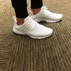 Nike Air Presto Triple White Loving the Prestos at the moment! - Adidas White Sneakers - Latest and fashionable shoes - Nike Air Presto Triple White Loving the Prestos at the moment! Platform Tennis Shoes, White Tennis Shoes, All White Nike Shoes, All White Sneakers, Golf Shoes, Yellow Nikes, Pink Nikes, White Nikes, Nike Presto White