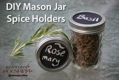 DIY Spice Jars with Mason Jars and Chalkboard Paint
