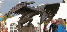 Chris Williams Sculpture specializes in amazing animal sculptures! Dragon Statue, Dragon Art, Concrete Sculpture, Sculpture Art, Dragon Garden, Medieval Dragon, Mythical Dragons, Chris Williams, Dragon Images