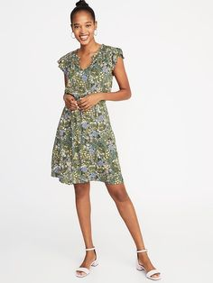 Saw this on Old Navy: Old Navy Outfits, Old Navy Dresses, Dresses With Sleeves, Shop Old Navy, Flutter Sleeve, Green Dress, Two Piece Skirt Set, Pretty, Clothes