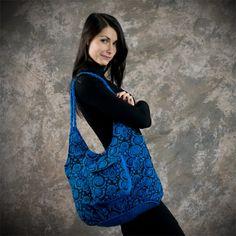 Thao - Kabelka Maxi – tyrkysové spirály Shoulder Bag, Bags, Fashion, Handbags, Moda, Fashion Styles, Shoulder Bags, Fashion Illustrations, Bag