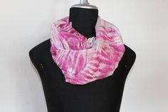 delicata sciarpa leggera e morbida in seta tinta a mano/arashi Handmade, Crafts, Stuff To Buy, Etsy, Shopping, Art, Fashion, Art Background, Moda