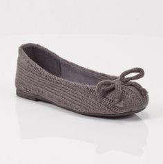 Girls Sweater Knit Flat - Adorable!
