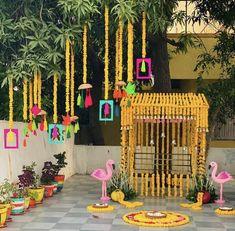 Desi Wedding Decor, Diy Wedding Backdrop, Floral Backdrop, Indian Wedding Decorations, Indian Decoration, Wedding Entrance, Backdrop Design, Wedding Crafts, Naming Ceremony Decoration