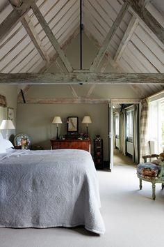 English Country Bedroom in Grey - Bedroom Design Ideas & Pictures (houseandgarden.co.uk)