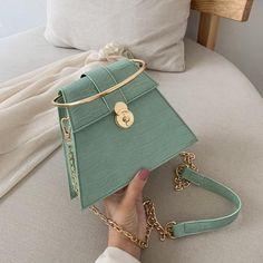 Unique Handbags, Purses And Handbags, Cheap Handbags, Popular Handbags, Handbags For Women, Bucket Handbags, Stylish Handbags, Hobo Handbags, Handbags Online