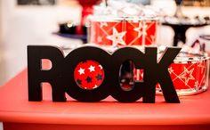 festa infantil com o tema rock no 'fazendo a festa'
