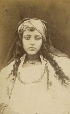nostalgerie: Fille de Biskra, 1860's Algeria