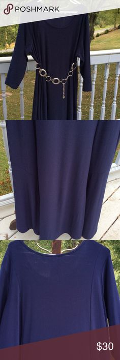 Navy blue dress Navy blue dress. Jersey stretch fabric hits below the knew   Worn one time.  Beast sold separately in my closest. 3/4 length sleeve. Nina leonard Dresses Maxi
