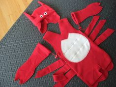 Lobster Baby - OCCASIONS AND HOLIDAYS - totally DIY including making the patternlittle EJ absolutely loved it. She knew she looked adorable and totally hammed it up the whole time. Cute Baby Costumes, Funny Costumes, Diy Costumes, Costume Ideas, Baby Lobster Costume, Lobster Crafts, Ocean Party, Dollar Store Crafts, Handmade Baby
