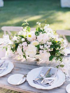 Gorgeous table decor: http://www.stylemepretty.com/california-weddings/ojai/2015/02/20/elegant-ojai-wedding/ | Photography: Lane Dittoe - http://lanedittoe.com/