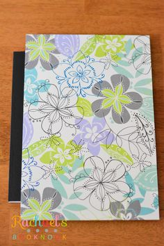 DIY Journal Out of Composition Notebook - Rachael's BookNook Cute Journals, Cute Notebooks, Altered Composition Books, Altered Books, Book Club Snacks, Homemade Journal, Book Design Inspiration, Diy Notebook, Notebook Covers