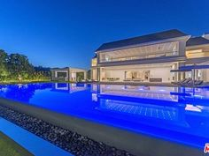 2571 Wallingford Dr, Beverly Hills, CA 90210 | MLS #20568190 | Zillow Beverly Hills Mansion, Beverly Hills 90210, Estate Homes, Mountain View, Luxury Real Estate, Santa Monica, Luxury Homes, Mansions, Wattpad