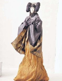 "ma ke again-wow. I see Asian (Chinese) influence but this image is so ""Hopi Corn Maiden"" to my eyes! Very intriguing."