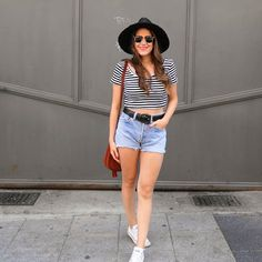 New post today ❤ Click in My BIO for view details  #outfit #newpost #monturquoise #blog #style #levisvintageclothing #croptop #converse #fashion #blogger #streetstyle #summer #look #confy #outfit #hat #smile