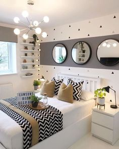 Fall bedroom decor - Here, the 40 best bedroom decor ideas with a variety of different style. Youll find unexpected to bedroom decor ideas. Fall Bedroom Decor, Room Ideas Bedroom, Teen Bedroom Colors, Bedroom Designs, Bed Room, Bedroom Furniture, Bedroom Inspo, Bedroom Inspiration, Colors For Small Bedrooms