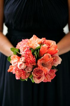 Navy dress for bridesmaids & Coral flowers <3