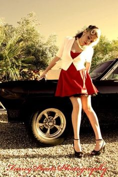 pin ups & vintage vehicles | Classic Cars and Vintage Pin-up Poses Gallery 6