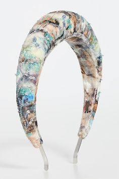 For a real day to night style statement, opt for one of the crystal-embellished styles in versatile black or soft nudes (peach, honey or blush). Where to find the best embellished headbands. The best padded headbands 2019. Gift ideas for a fashionista. Instagram trends 2019 - embellished headbands. Find the seasons best embellished headbands. Winter Padded Headbands 2020. Best Embellished Headbands 2020. Oversize headbands trend 2020. Where to find this seasons best padded headbands. Gift… Thin Headbands, Wide Headband, Pearl Headband, Summer Fashion Trends, Winter Fashion Outfits, Deepa Gurnani, Girl Trends, Pad Design, Fashion Night