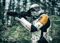 I see you rebelscum! #stormtrooper #starwars #tk3416 #starwarscosplay #cosplay #cosplayer #photography #art #sonycamera #impression #starwarsbattlefront #photoshoot #shooting #military #nature #sentinel #hasbrostarwars #blackseries #hasbroblackseries