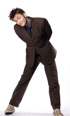 I love David Tennant <3 and I love this pose of him, such a good capture of his character as the Doctor :D
