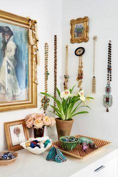 Check on www.prettyhome.org - jewelry display idea
