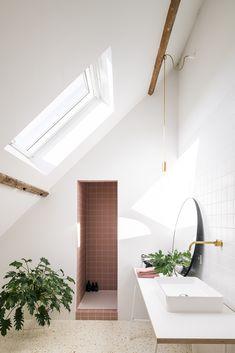 Gothic Home Decor, Retro Home Decor, Home Decor Kitchen, Bathroom Trends, Bathroom Interior, Bathroom Ideas, Bathroom Designs, Gothic House, House Extensions