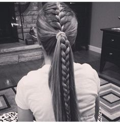 16 Braided Ponytails Every Cool Girl Will Be Wearing This Summer is part of braids - Prepare for fireworks Thanks to sultry braids, twists, and knots, these sizzling summer styles aren't your average ponytail Athletic Hairstyles, Sporty Hairstyles, Hairstyles For School, Prom Hairstyles, Ponytail Hairstyles With Braids, Cute Cheer Hairstyles, French Braided Hairstyles, Hairstyles Videos, Homecoming Hairstyles