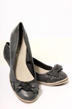 75cb25b3fbda42 Ladies classic faux leather bow detal wedge heel shoes Comes in charcoal  grey black colour