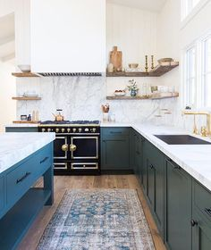"""9 Likes, 3 Comments - { Sally Rhys-Jones } (@sally_rhys_jones) on Instagram: """"A bit of Sunday night kitchen porn from @amberinteriors killing it as usual!"""""""