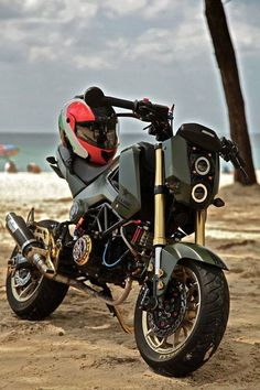 Honda Grom Custom, Honda Grom 125, Honda Ruckus, Honda Grom Mods, Custom Motorcycles, Custom Bikes, Cars And Motorcycles, Honda Motorcycles, Grom Bike